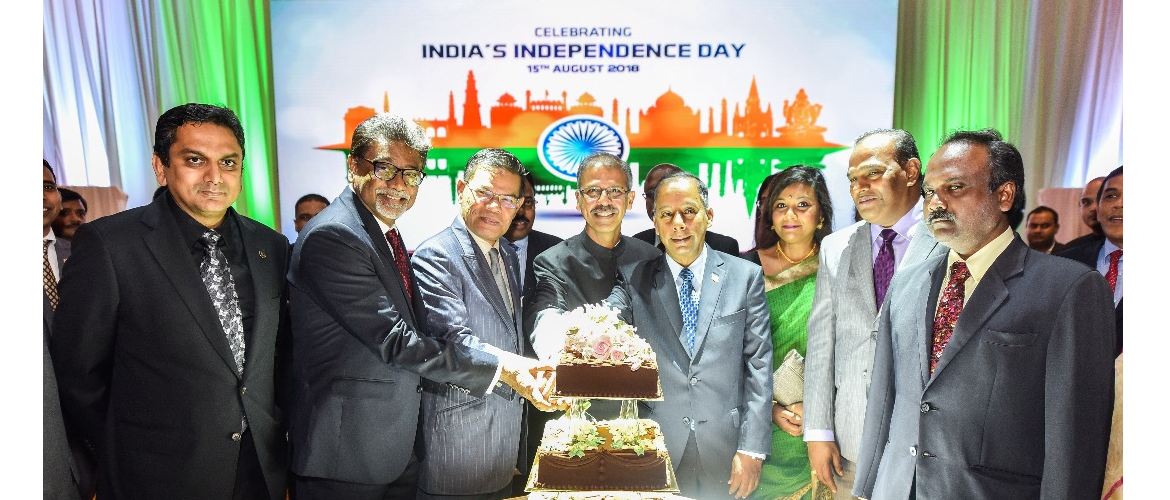 High Commissioner Mr. Mridul Kumar with Guests of Honour at  Independence Day Reception 2018