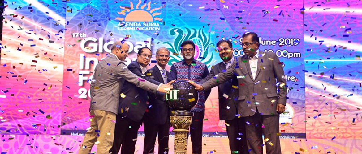 High Commissioner Mr. Mridul Kumar joins Hon'ble Minister of Water, Land and Natural Resources YB Dr. Xavier Jayakumar at the Official Opening Ceremony of the 17th Global Indian Festival at Midvalley
